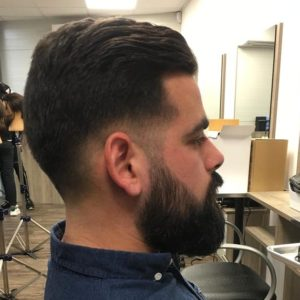 Coupe et barbe homme hair actuel